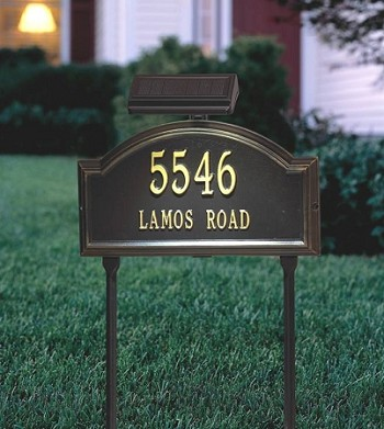 Solar lamp for lawn plaques - House number signs for yard ...